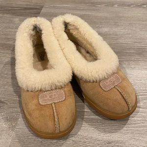 Chestnut UGG Slippers